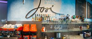 Josi Cafe, Bar & Food