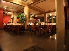 Reserve a table at Thai Square - Minories