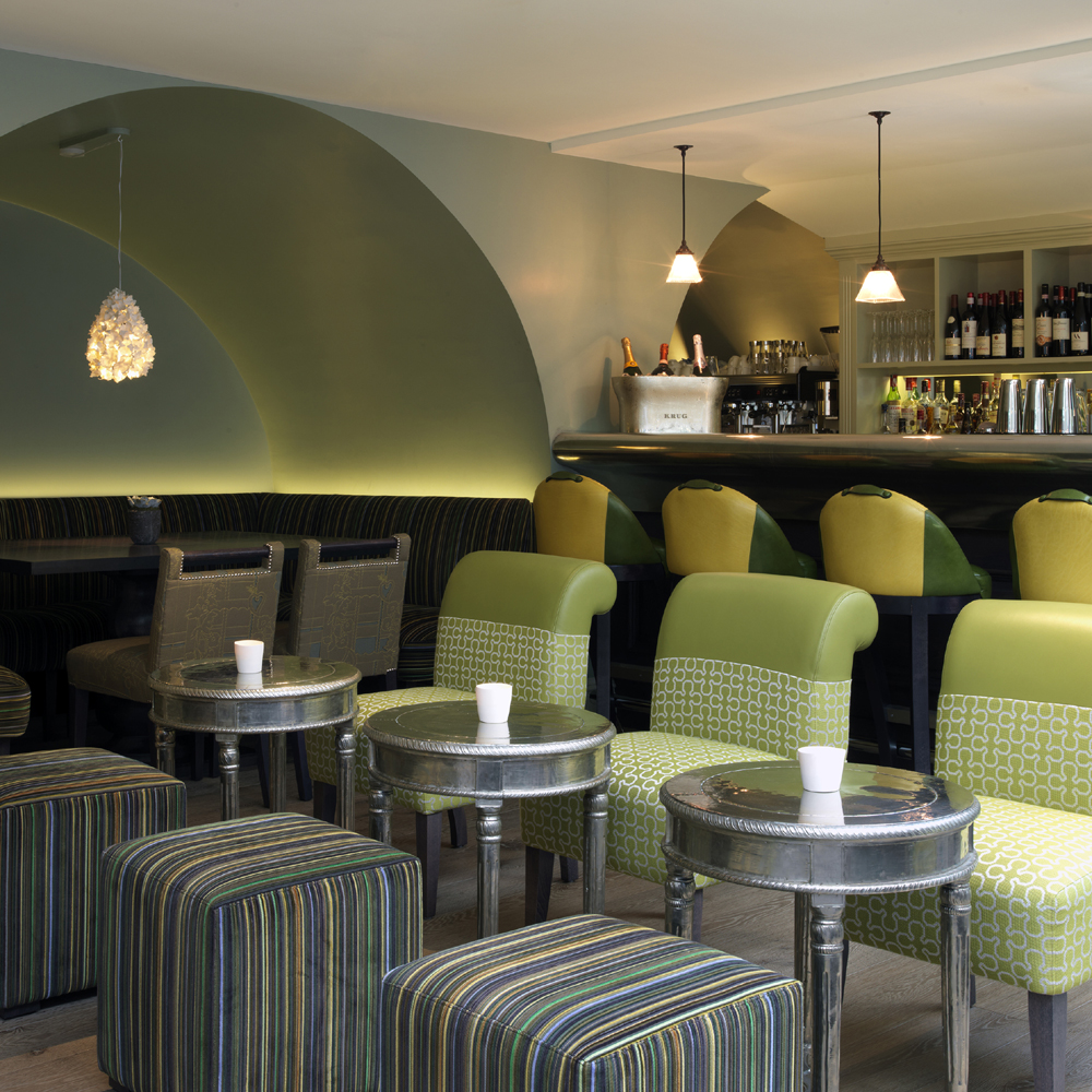 The potting shed bar and restaurant marylebone west for Table 52 restaurant gaborone