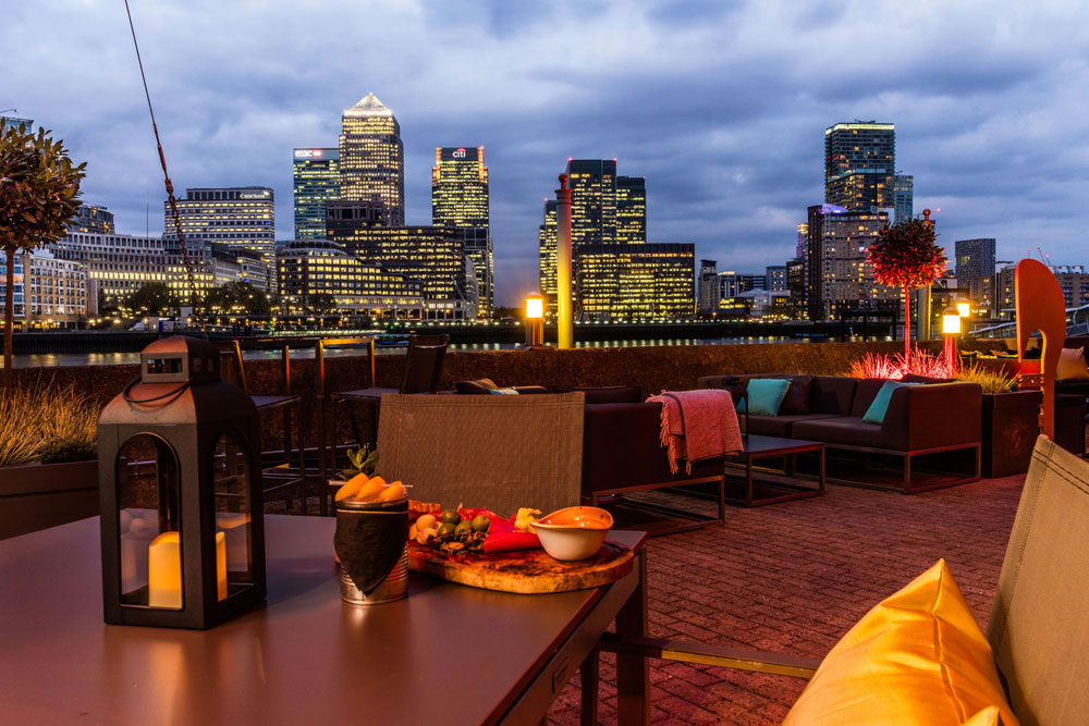 Image of Columbia Restaurant at DoubleTree Docklands