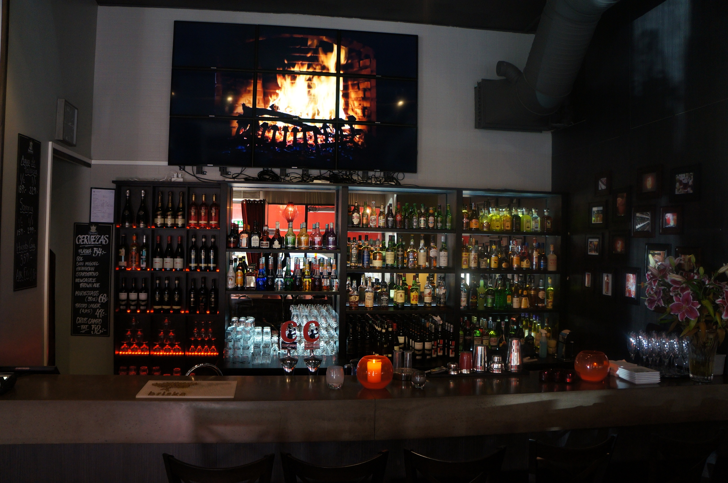 Caliente Tapas Bar City