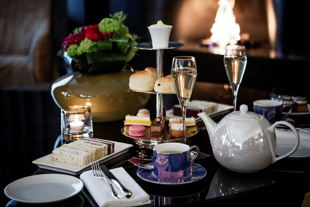 Afternoon Tea at The Lounge, Bulgari Hotel London - London