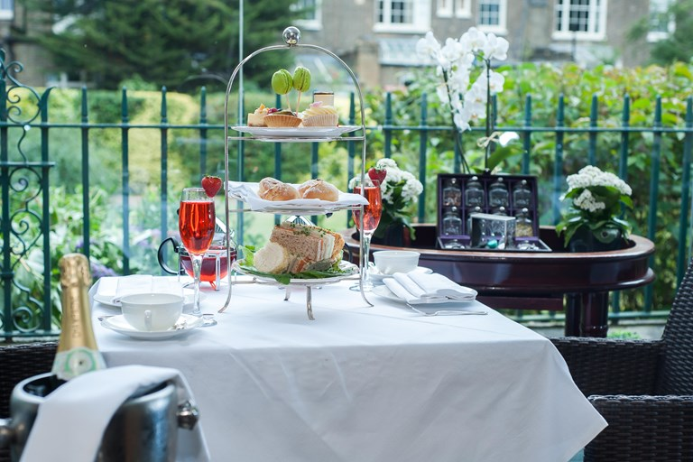 Afternoon tea at the montague london bookatable for The montague