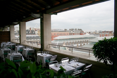 Amphitheatre Restaurant at Royal Opera House - London