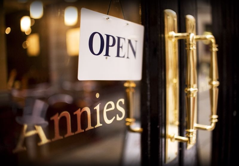 Annies Restaurant & Tea Shop - Manchester