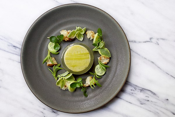 Aquavit new york city new york bookatable for Aquavit and the new scandinavian cuisine