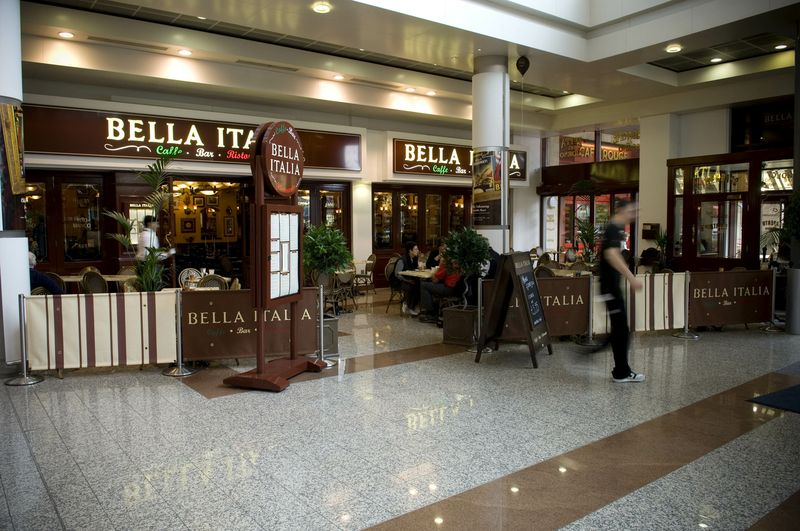 Reserve a table at Bella Italia - Salford Quays