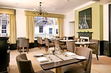 Reserve a table at Tiger Green Brasserie - Hilton Green Park