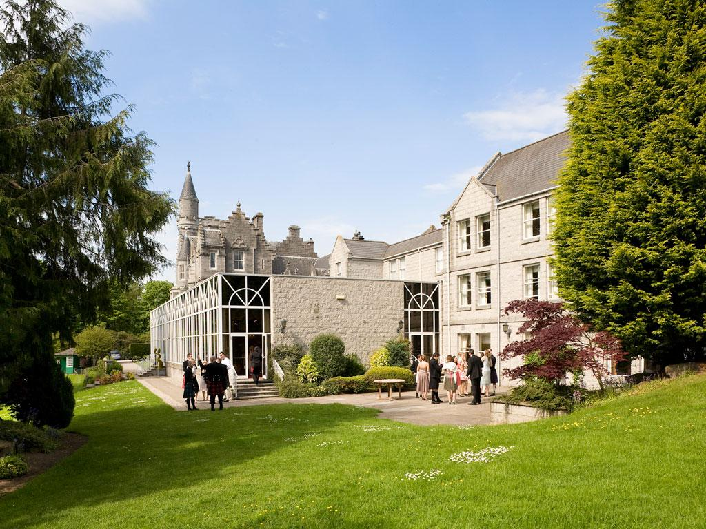Blairs Restaurant at Mercure Ardoe House Hotel & Spa - Aberdeenshire