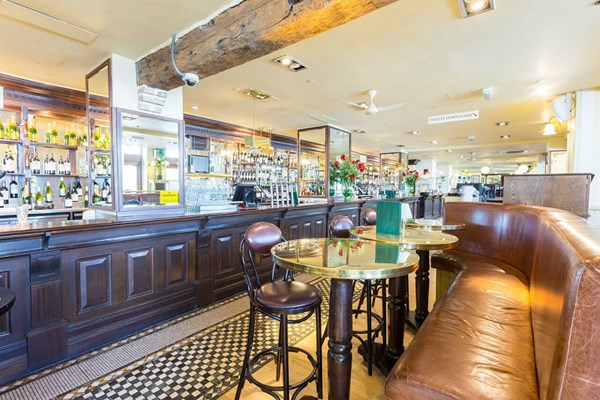 Browns Brasserie & Bar - Butlers Wharf - London
