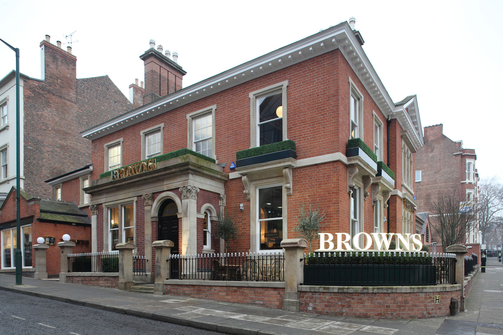 Reserve a table at Browns Bar & Brasserie - Nottingham