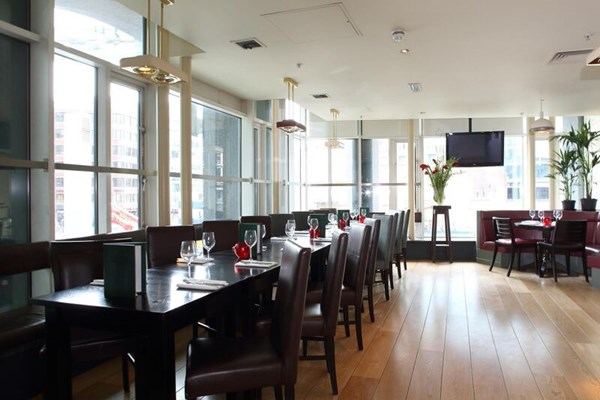 Browns Brasserie & Bar - Victoria - London