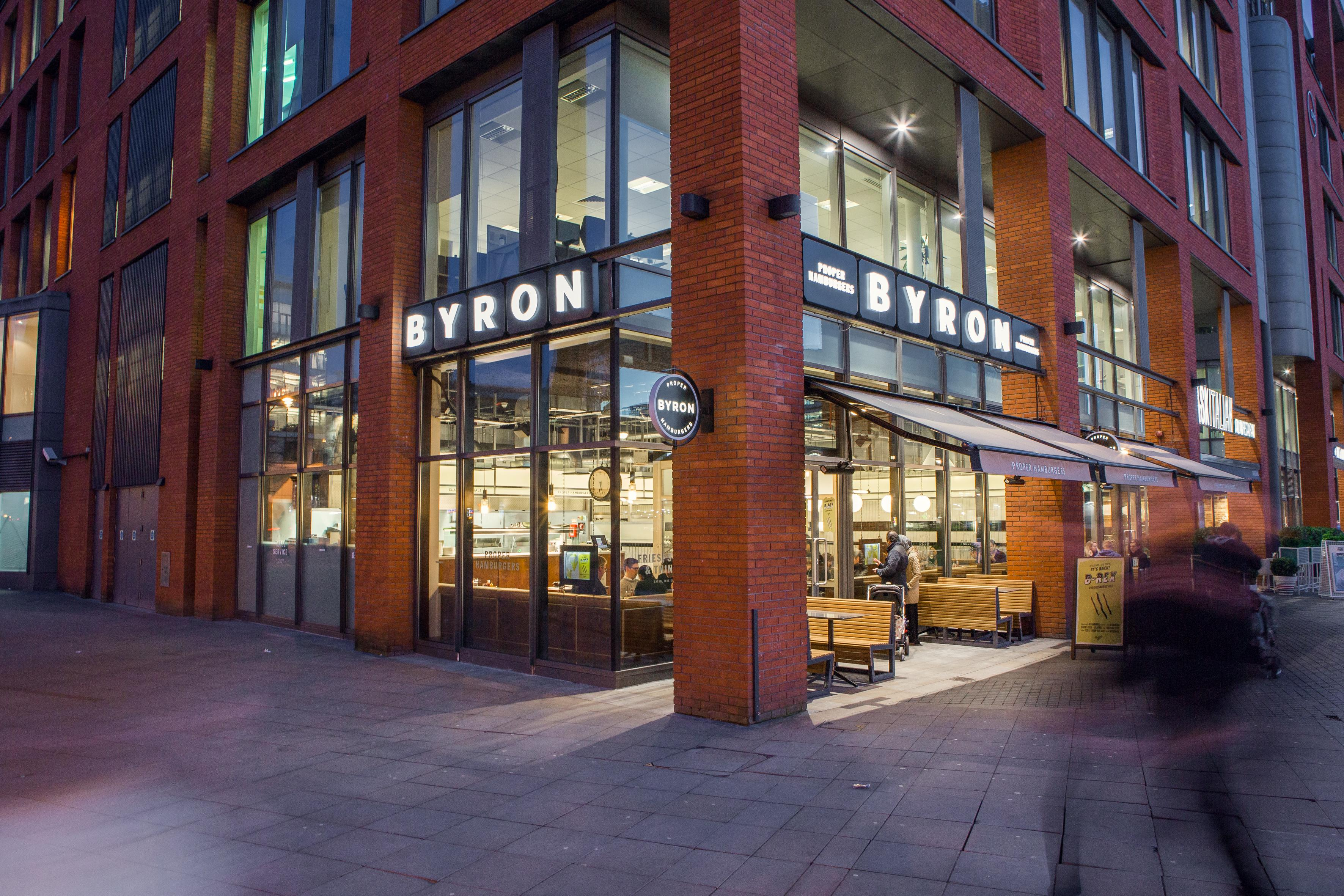 Byron - Manchester, Piccadilly Gardens - Manchester