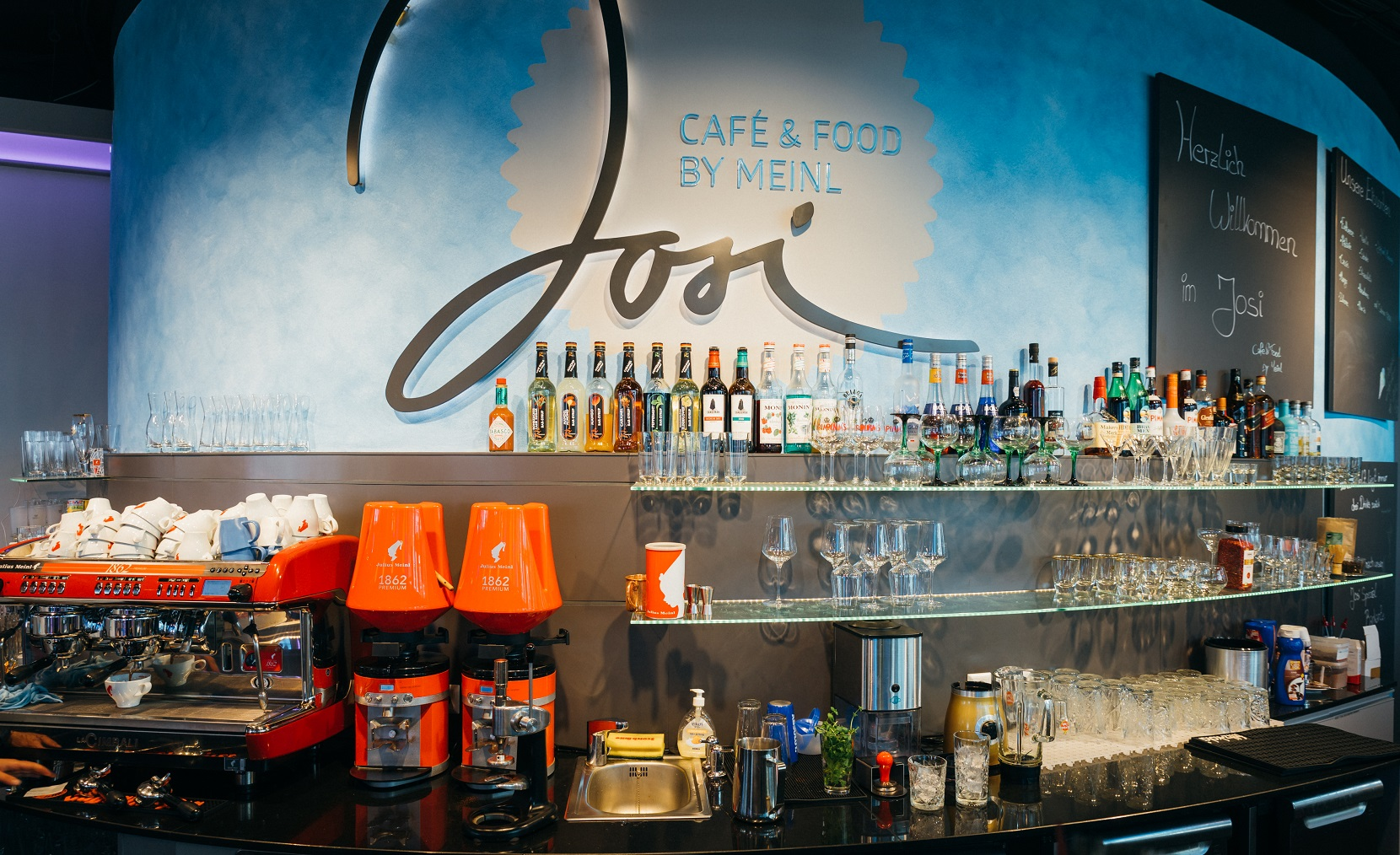 Josi Cafe, Bar & Food - Bavaria