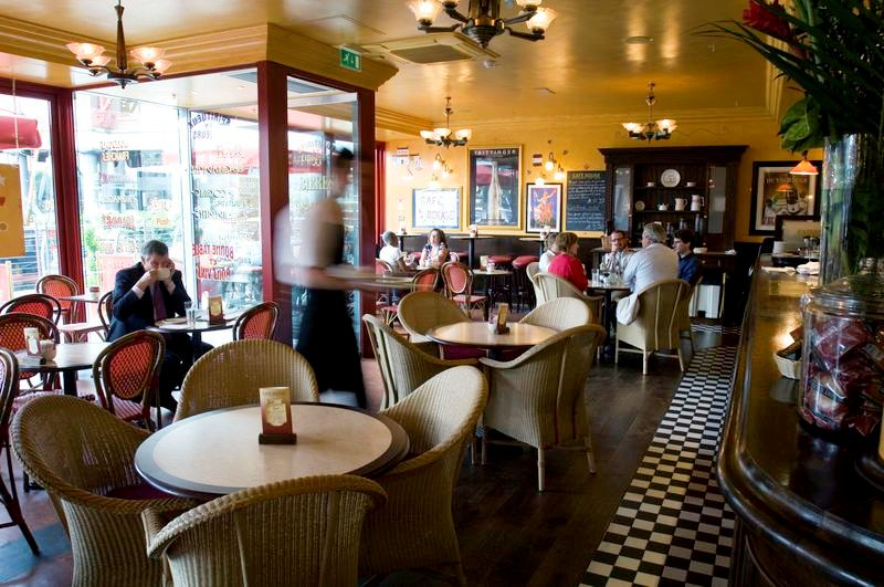 Café Rouge - St Katharine Docks - London