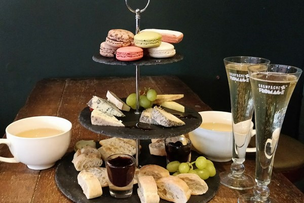 Champagne + Fromage - Greenwich - London