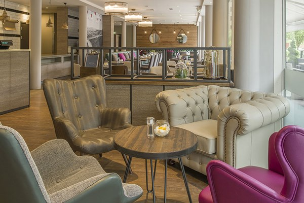 Recess at Hilton Garden Inn Bristol - Bristol