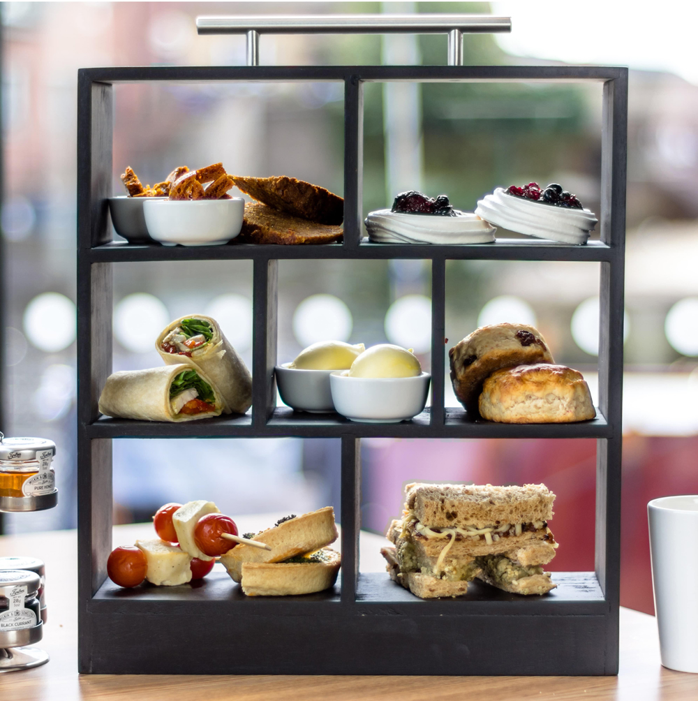 City Café & SkyLounge at DoubleTree by Hilton Leeds - Leeds