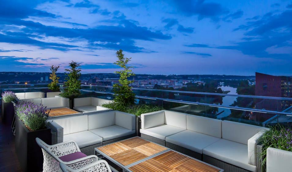 Cloud 9 sky bar & lounge - Prague