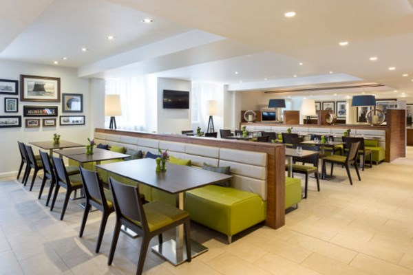 Courtyard by Marriott Edinburgh City Centre - Edinburgh