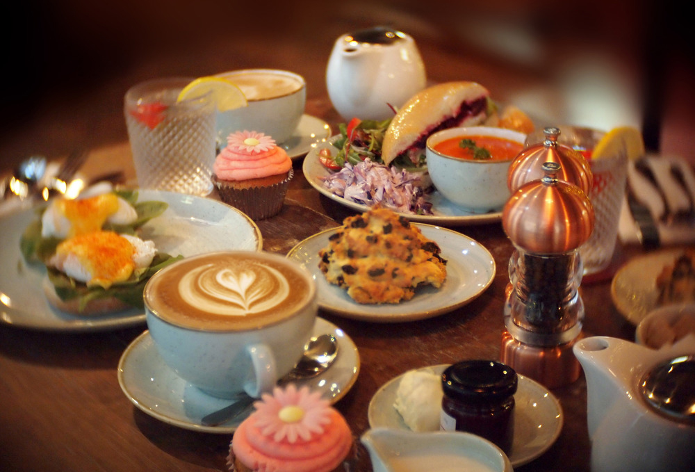 Cup Tea Lounge - Edinburgh - Edinburgh