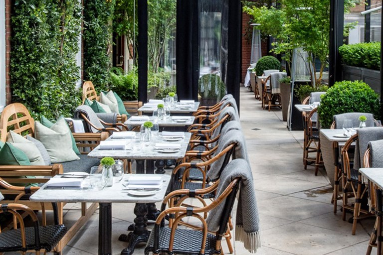 Dalloway terrace the bloomsbury hotel london bookatable for Bloomsbury hotel terrace