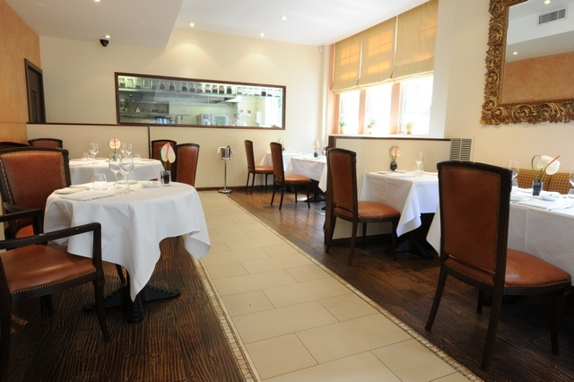 Reserve a table at Osteria dell'Angolo
