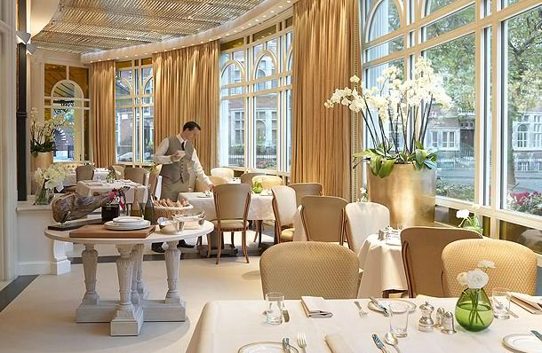 Reserve a table at Espelette at The Connaught