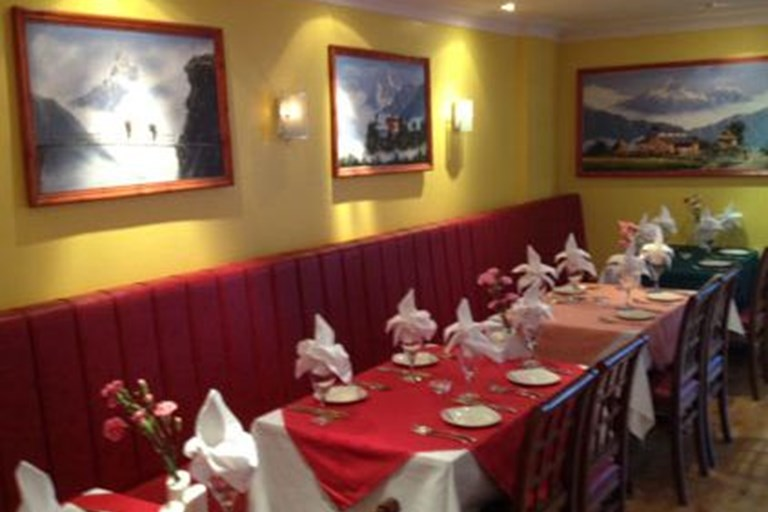Everest spice nepalese and indian restaurant epsom for 7 spice indian cuisine