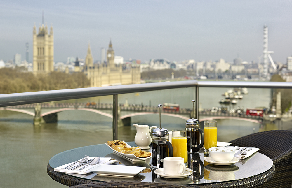 Big Ben View Lounge at Park Plaza Riverbank - London