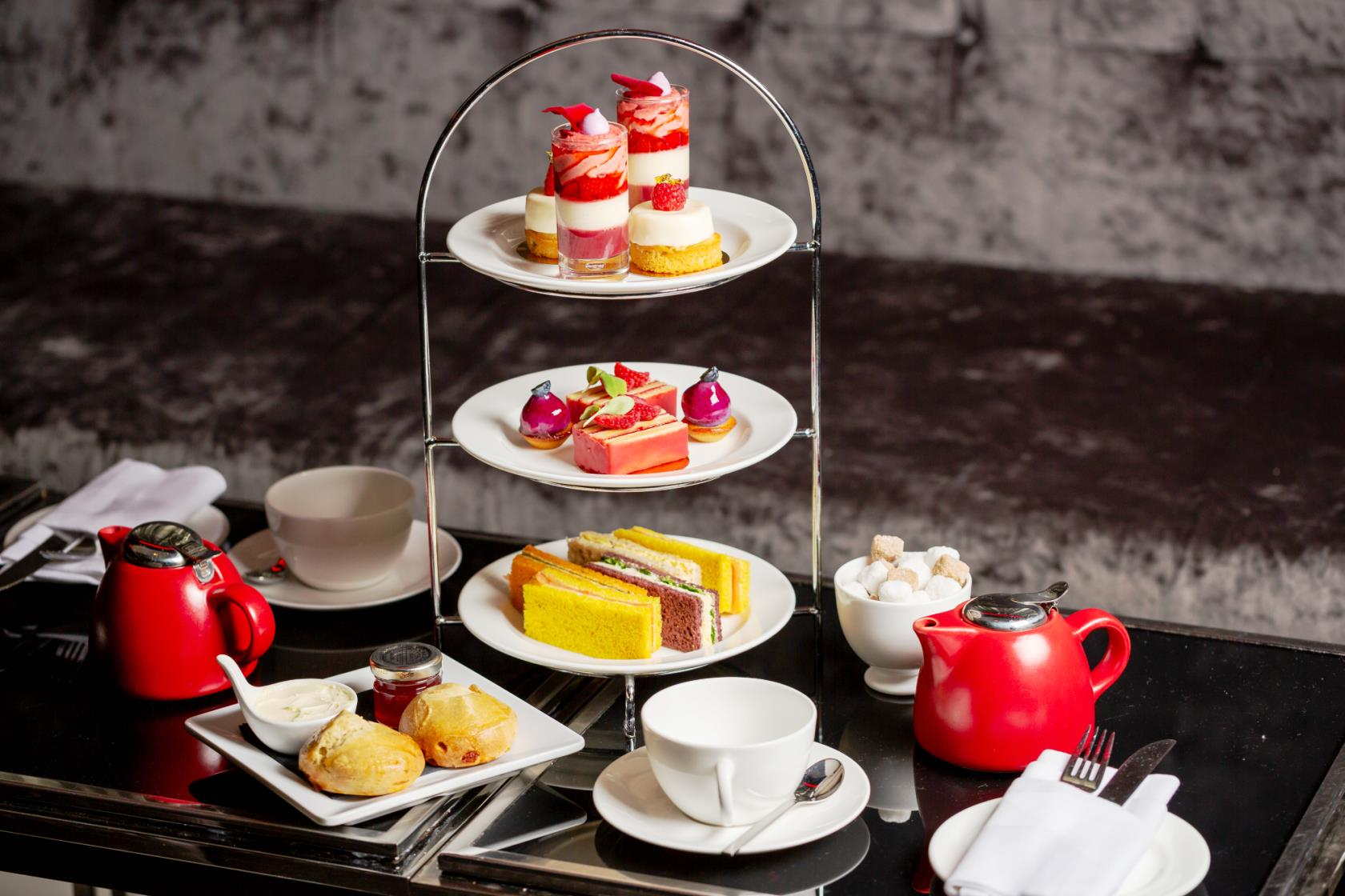 Afternoon Tea at Park Plaza Westminster Bridge - London