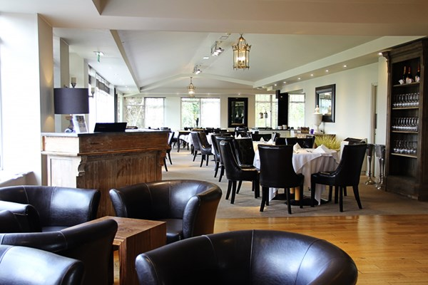 Fairways Restaurant & Cellar Bar - Windmill Village Hotel - Warwickshire