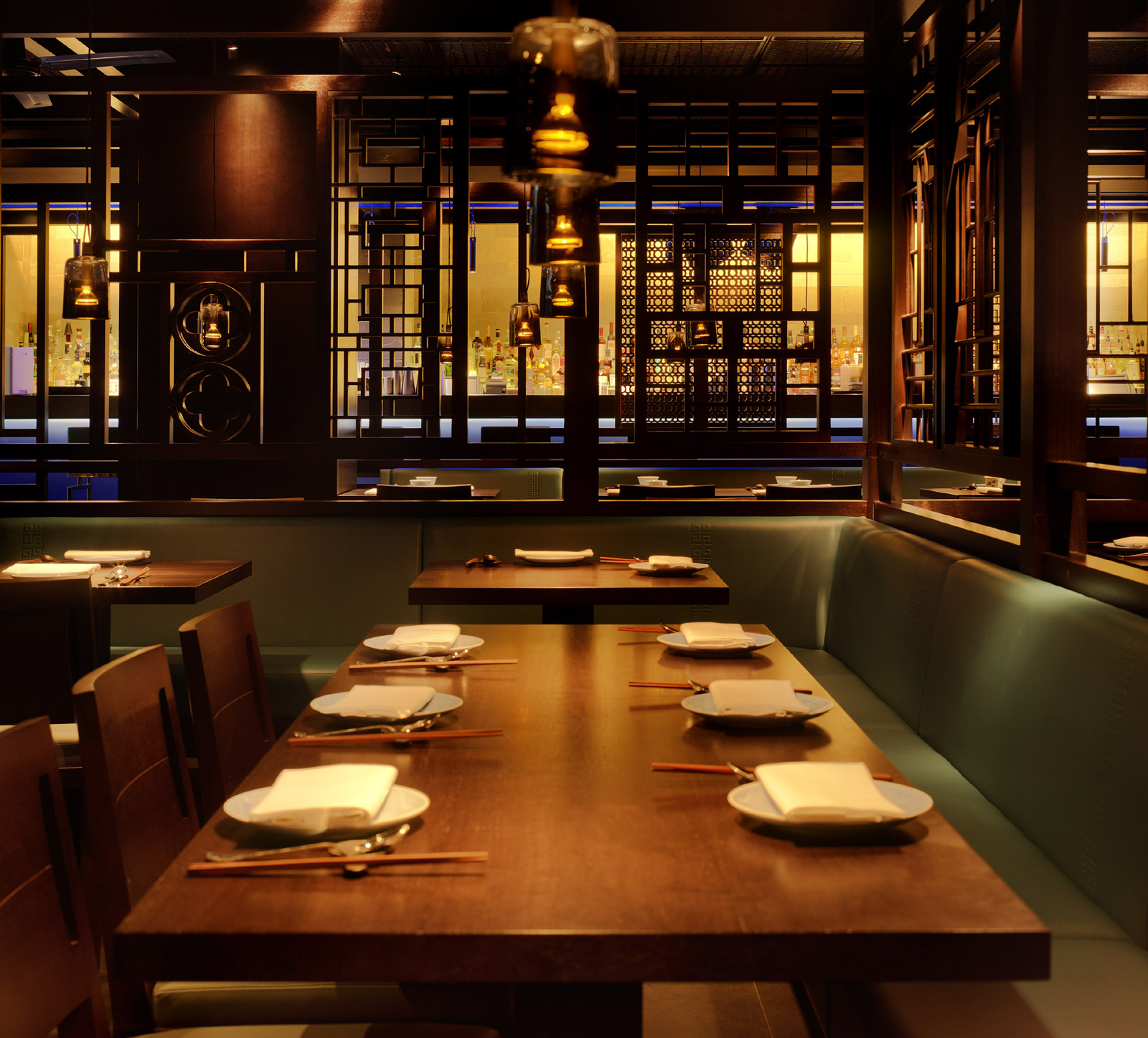 Reserve a table at Hakkasan - Mayfair