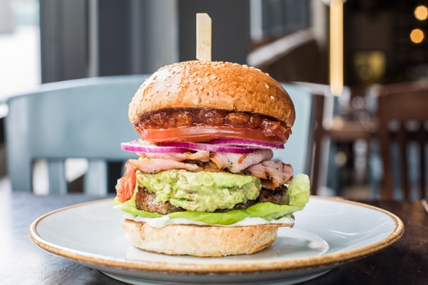 handmade burger Co - Wembley - Yttre London