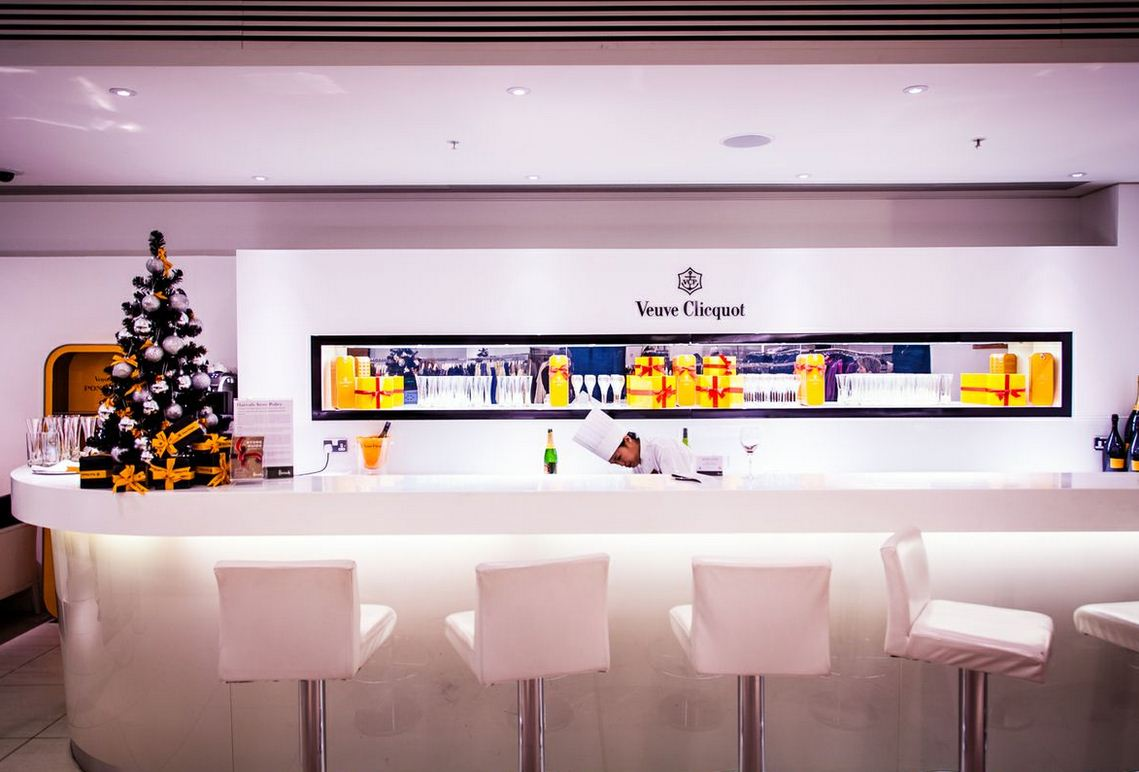 Reserve a table at Harrods Champagne Bar