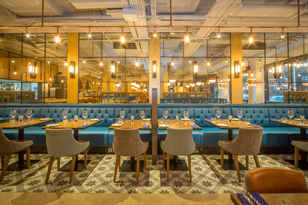 Hawkers Bar and Brasserie - Yttre London