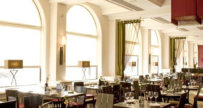 Hilton York, Tower's Restaurant - North Yorkshire