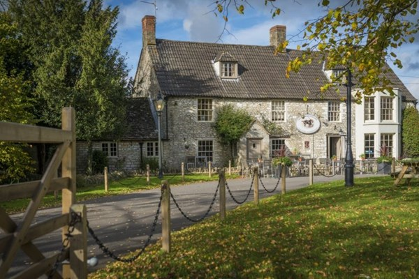 Horse and Groom Inn - Wiltshire