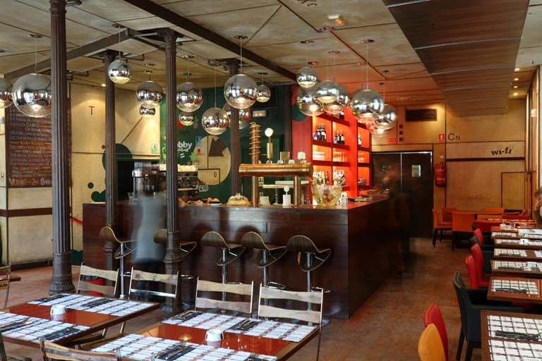 La musa latina manchester city centre madrid bookatable - La musa latina ...