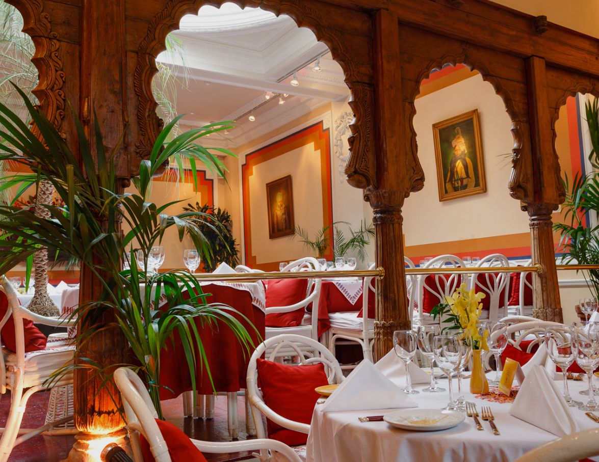 Reserve a table at La Porte des Indes