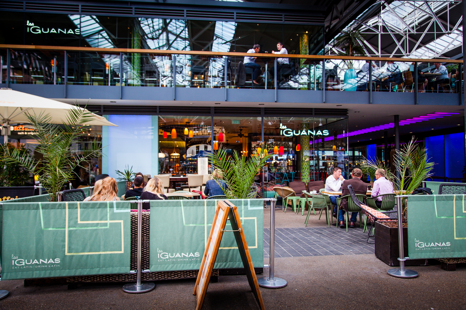 Reserve a table at Las Iguanas - Spitalfields
