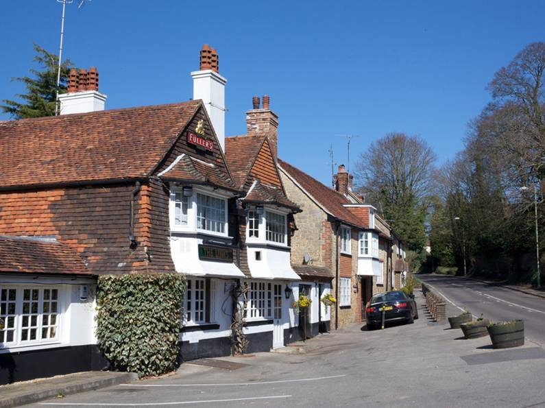 Links Tavern - Hampshire
