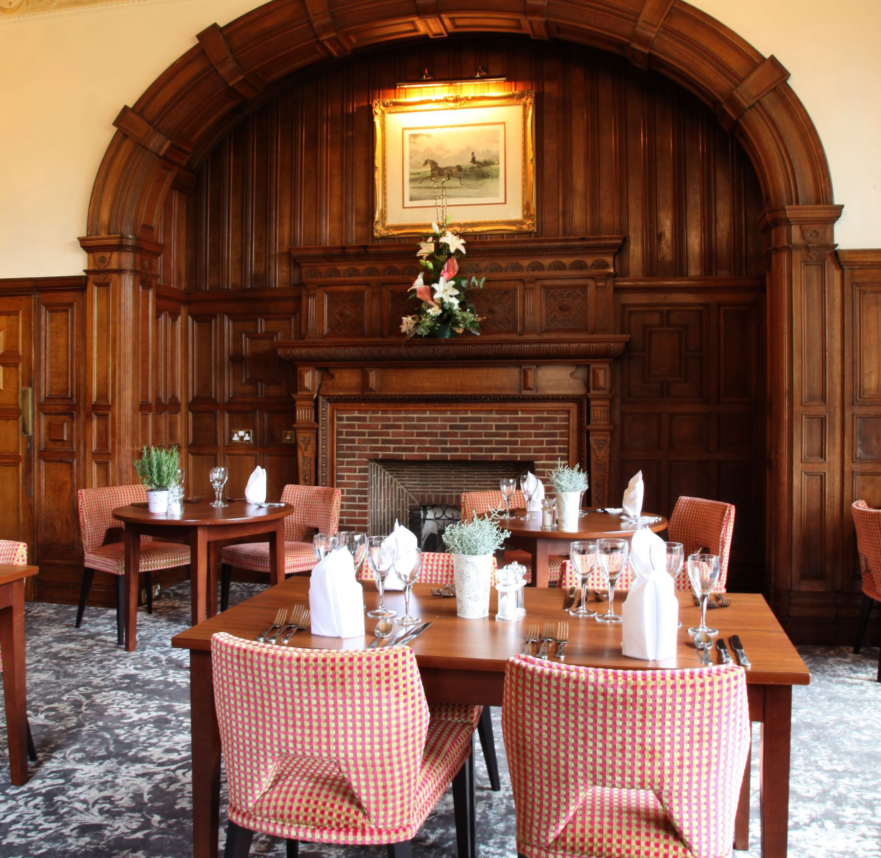 The Brasserie - Mercure Burton Upon Trent Newton Park - Staffordshire