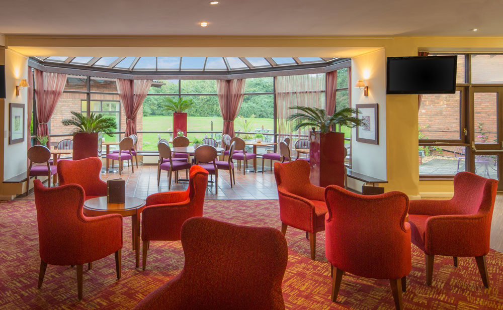 New Horizons Bar & Lounge at Hilton Milton Keynes - Buckinghamshire