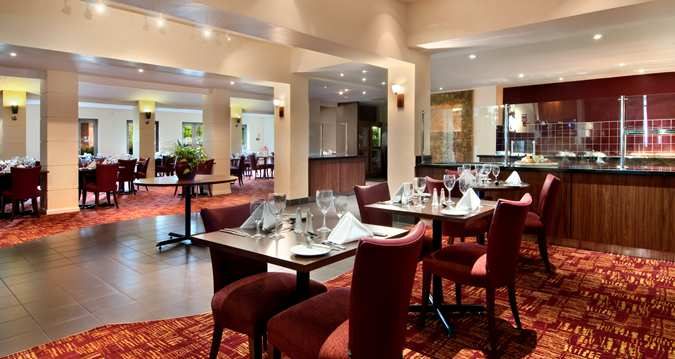 New Horizons Restaurant at Hilton Milton Keynes - Buckinghamshire