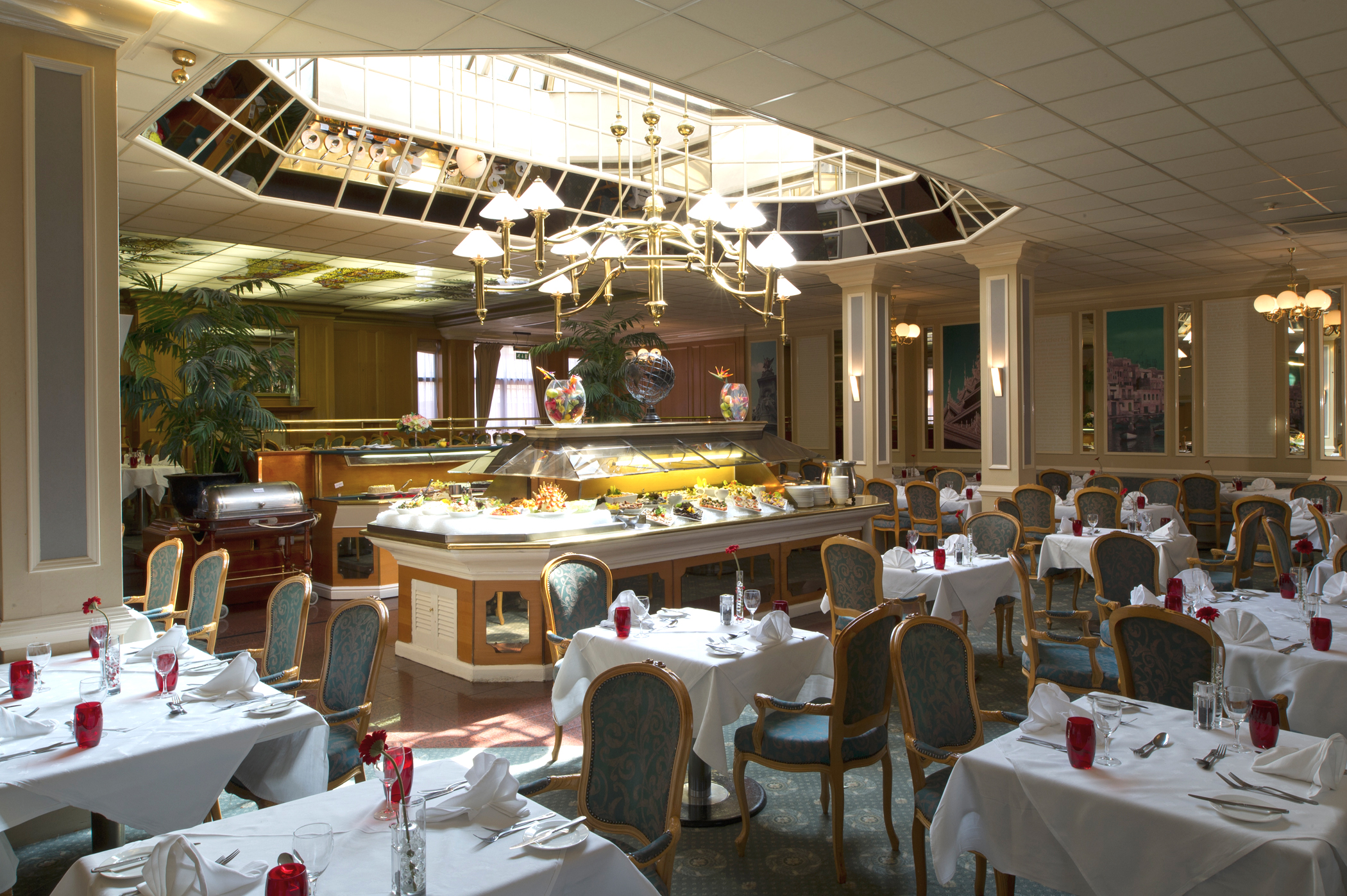 Reserve a table at Oscars Brasserie at Croydon Park Hotel