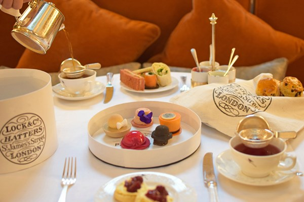 Afternoon Tea at Sheraton Grand London Park Lane - London