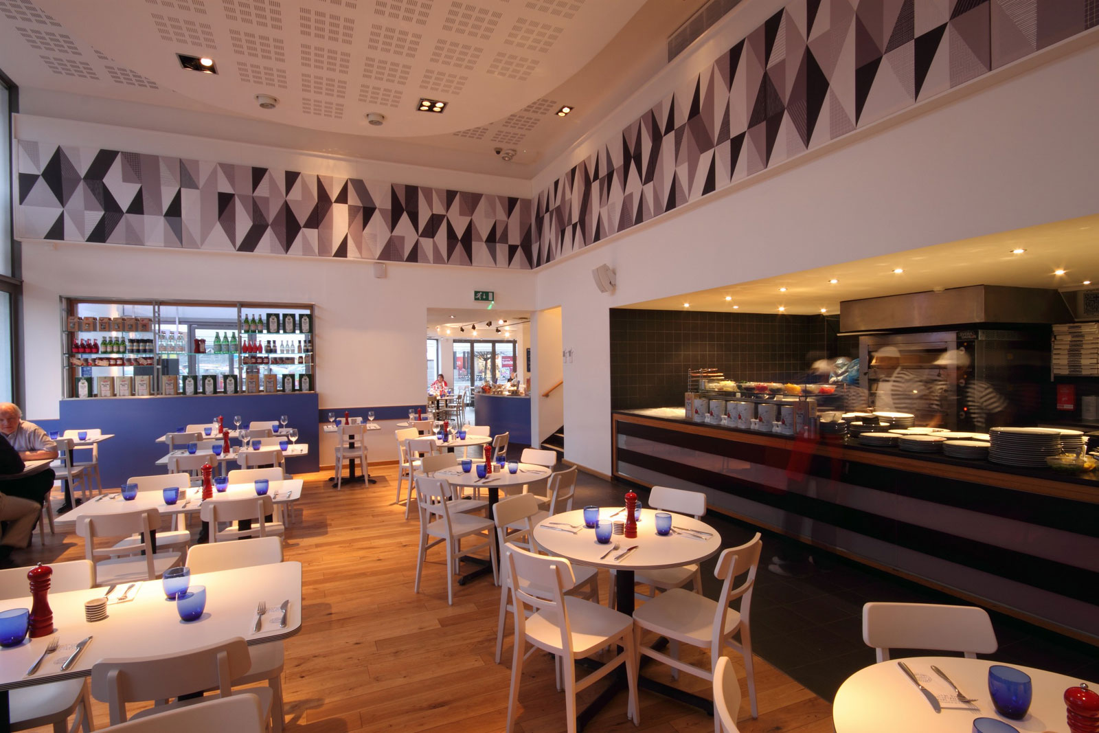 Reserve a table at PizzaExpress Balham