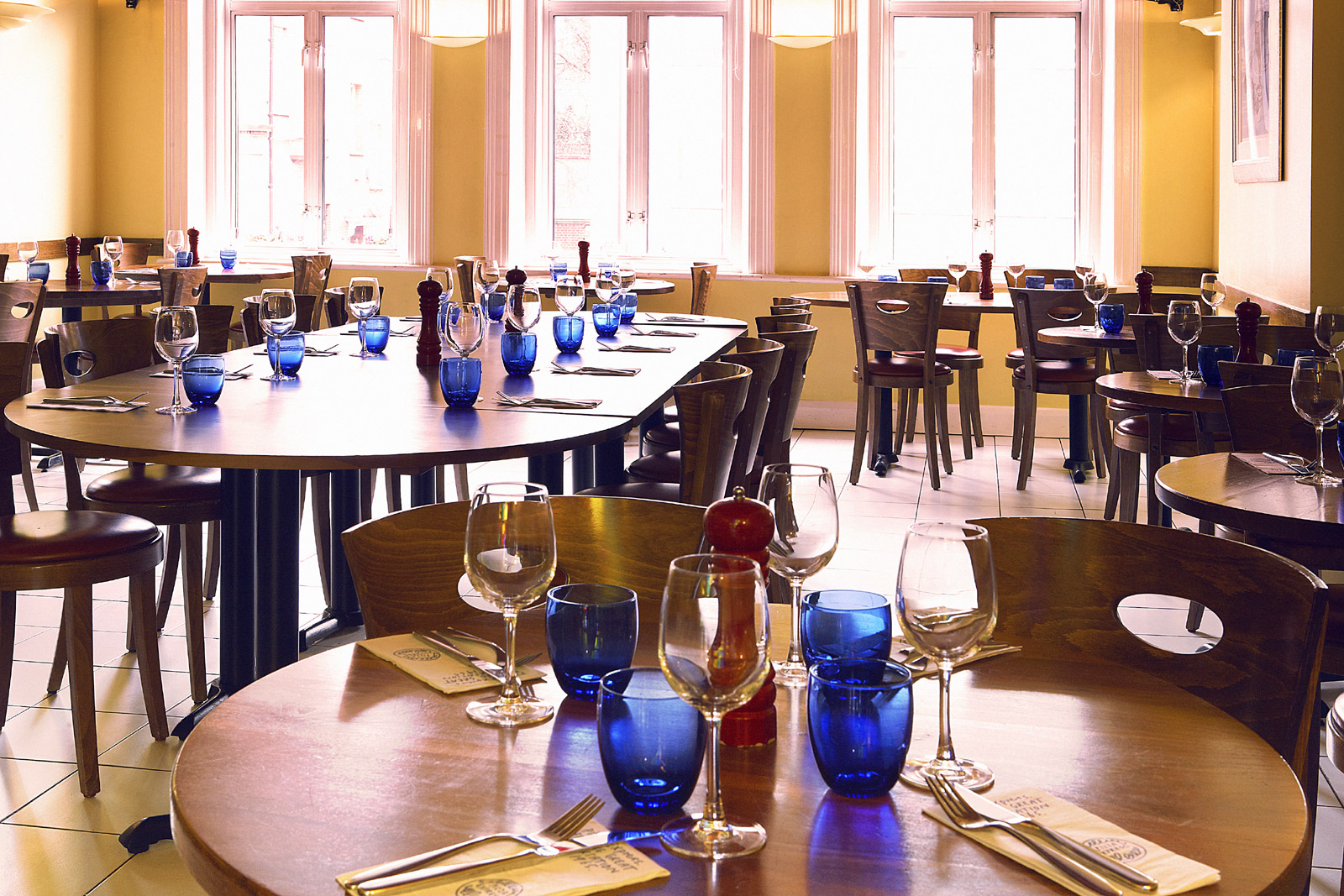 Reserve a table at PizzaExpress Swiss Cottage