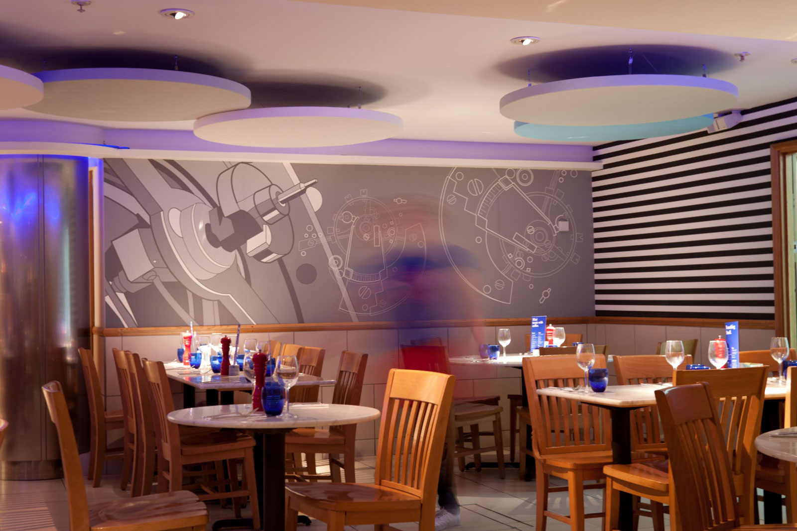 Reserve a table at PizzaExpress High Holborn